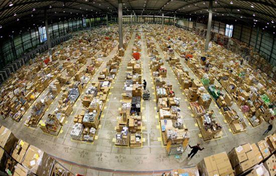 美国亚马逊该不该建自己的快递员团队?